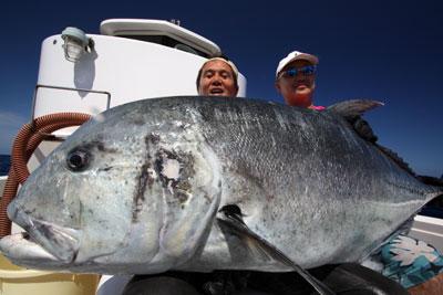 59歳が釣るGT船上実測40キロ!