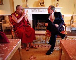 Bush_Dalai_Lama_convert_20080327015024.jpg