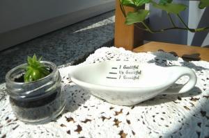 陶器のテーブルスプーン