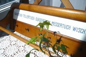 陶器プレートのタオルハンガー