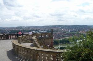 マリエンベルグ要塞から街を望む