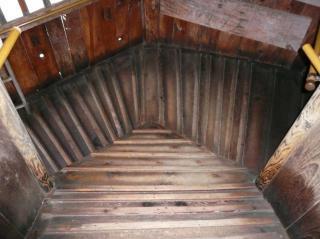 さざえ堂-階段