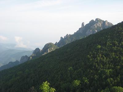 鷹見岩から瑞牆山1