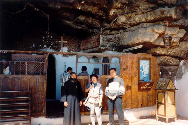アシュートの近くの教会(church near Asyut)
