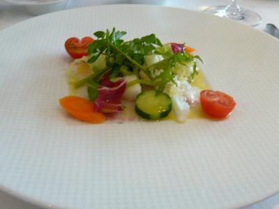 13 鮮魚のカルパッチョと茹で野菜サラダ、レモン&オリーヴオイル