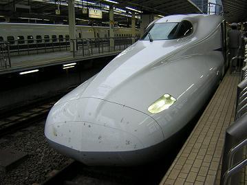 予想列車の「N700系」