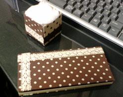 手帳とコットン箱