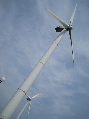 巨大扇風機が二基