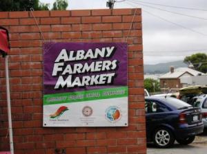アルバニーのファーマーズマーケット