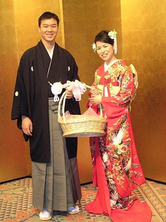 2_Happy_kimono.jpg