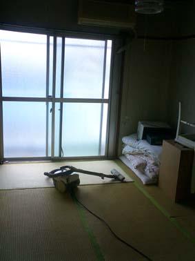 emptybedroom.jpg