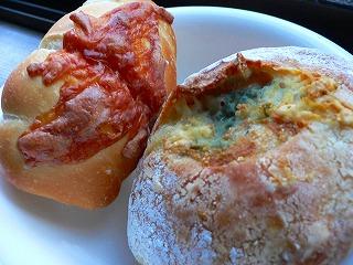 ソーセージベーグル&ブルーチーズ