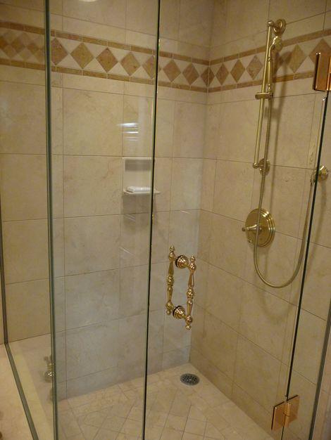 バスルーム シャワールーム