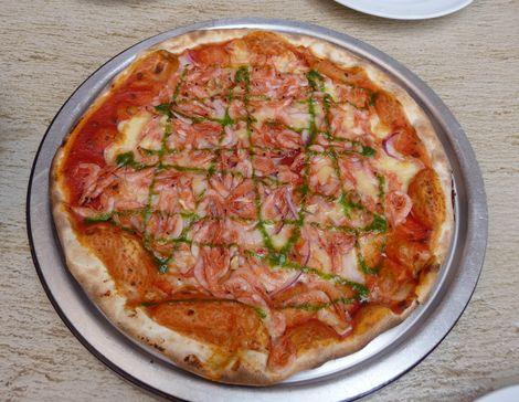 カナレット ピザ