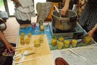 蜜蝋燭つくりH200717