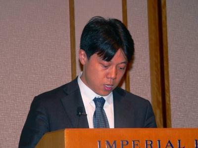 写真キャプション=会社説明会で財務状況の説明を行なった財務・経理担当の韓健取締役