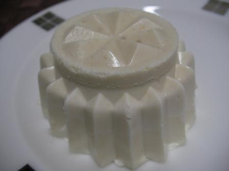 白ごま豆乳ババロア