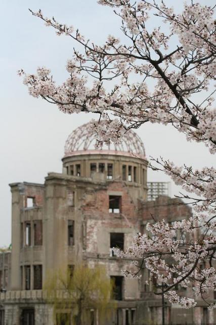 春IN原爆ドーム