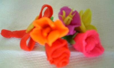 粘土で花束