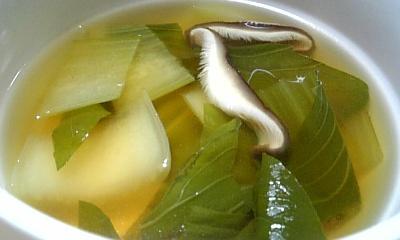 青梗菜とシイタケのスープ