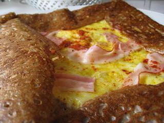 卵とベーコンガレット4.3
