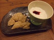 デザート(わらびもち&杏仁)