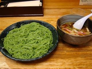 ほうれん草麺のつけ麺