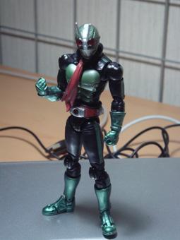 仮面ライダー2号…立っているだけでカッコいい