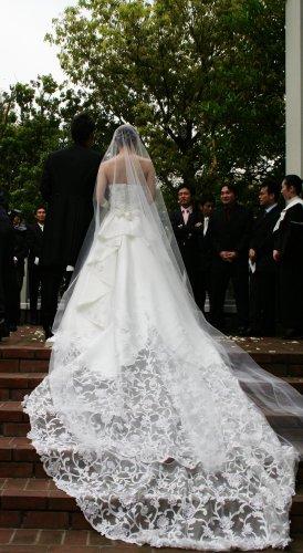 花婿。花嫁。
