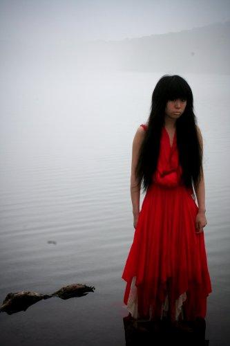 赤い女の子