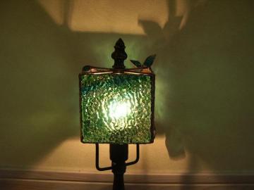 森のランプ点灯
