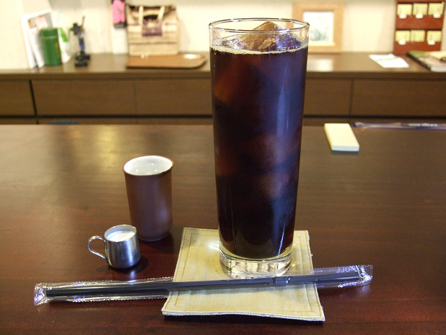 OVER TIMEアイスコーヒー