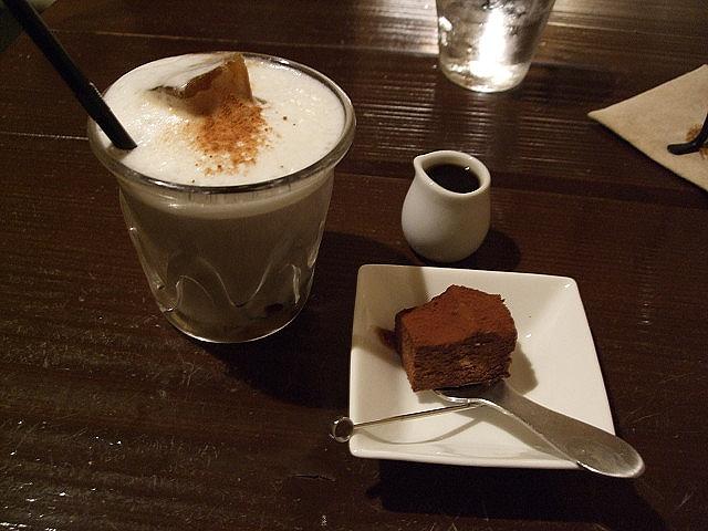 cafe de Sara アイスカフェラテ