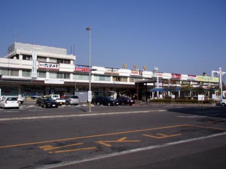 JR-Shikoku-KochiStation.jpg